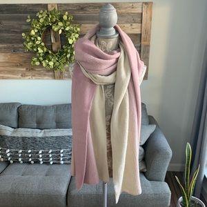 2 Chic Ombré Knit Blanket Scarf